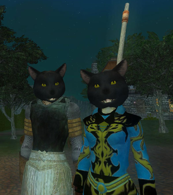 IMAGE- EQ2 Saebher and Enuyi wearing halloween masks