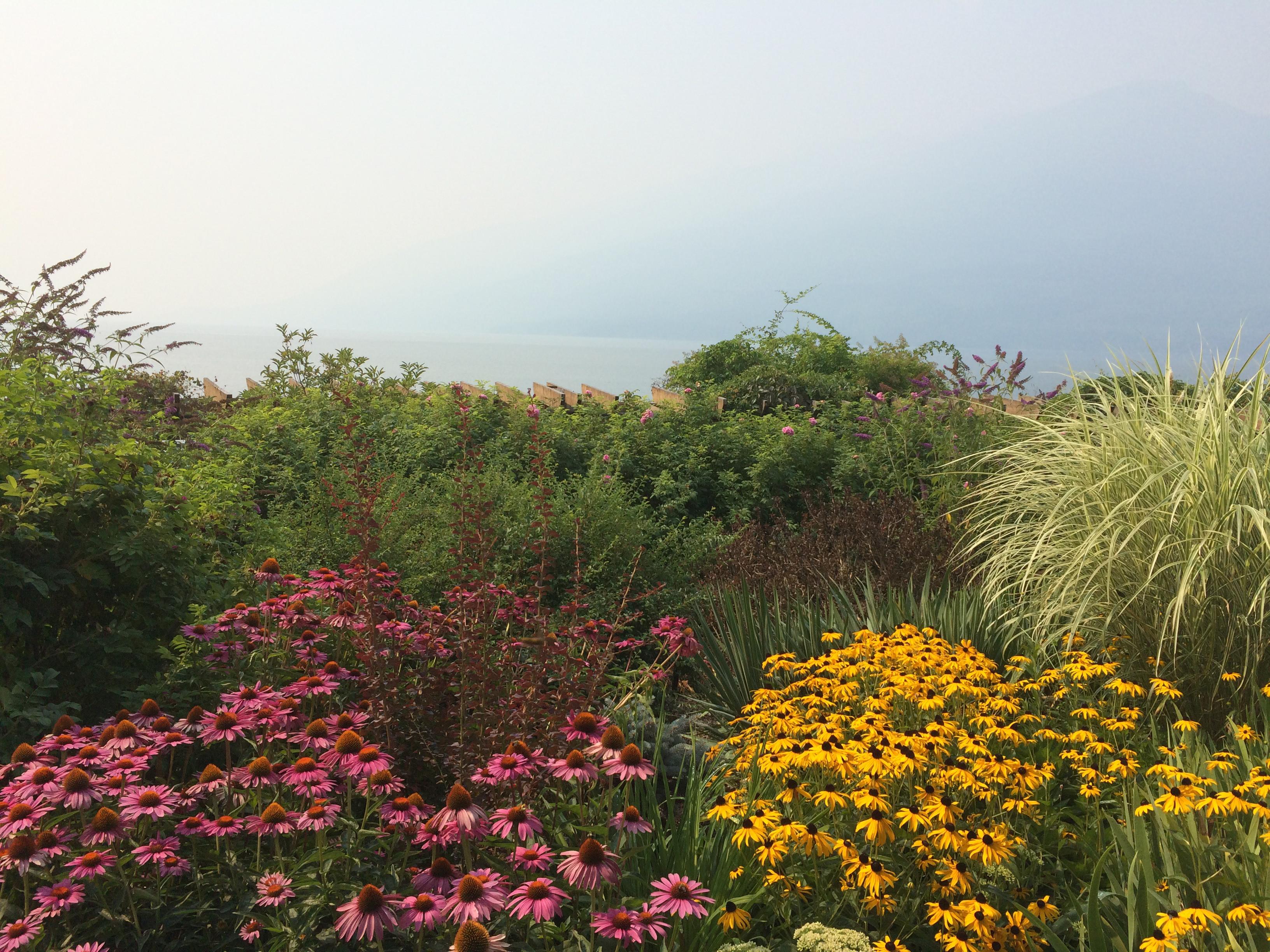 Spicer gardens, Nakusp